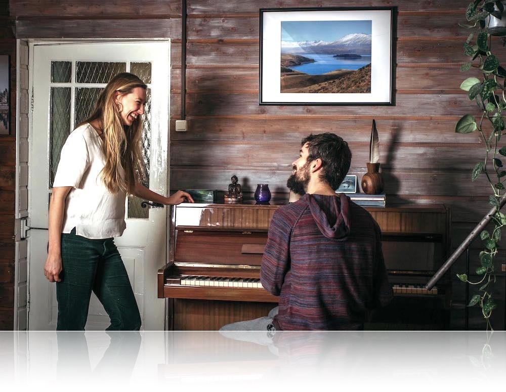 Leer pianospelen zonder noten te hoeven leren, vanuit ontspanning en ontdek de meesterlijke muzikant in jezelf.